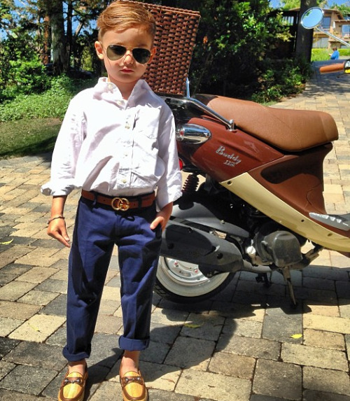 kiss-meyou-fool:  daniellaconway:  so fcking cute  my future son