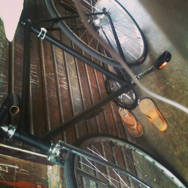 Let's go for a ride :) shall we? Bisitahin nten si Sam pati si Mami :p #bike #roadtrip #kbye