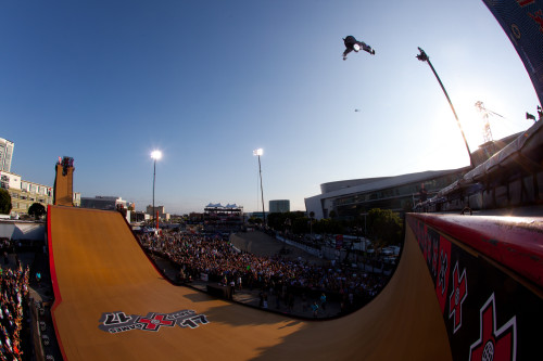 Time to drop in with Bob Burnquist as he prepares to compete in his home country at X Games Foz do Iguaçu: http://bit.ly/YduZpa