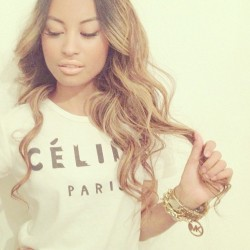 "fashionpassionates:  Get the tee: PARIS PRINT TEE Shop FP | Fashion Passionates ""get your fashion fix with fashion passionates!"""