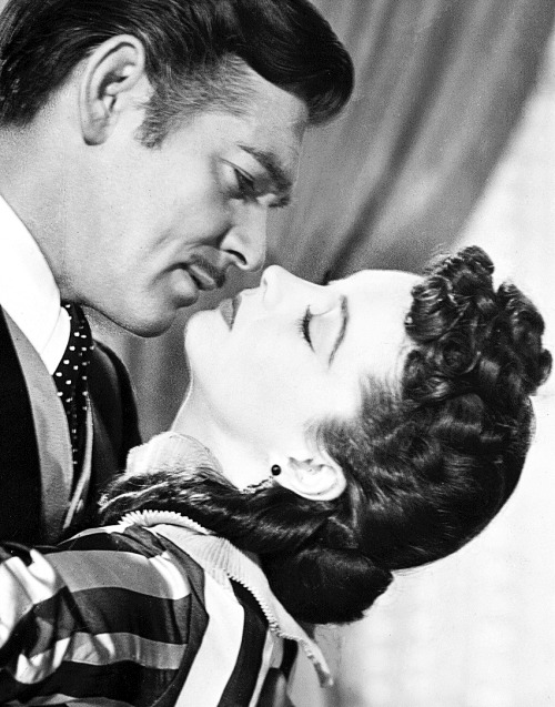 theoldcinema:  theoldcinema:  Vivien Leigh and Clark Gable in Gone with the wind, 1939