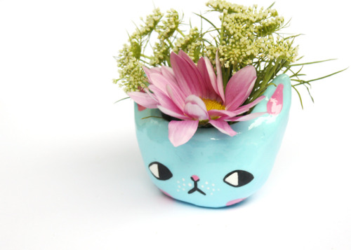 "ponyponypeoplepeople: "" Kitty Planters by PONY PEOPLE """