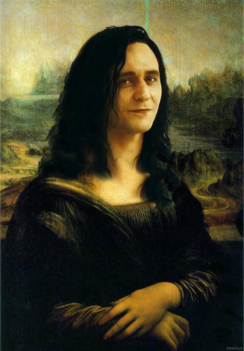 "suricattus:  The ""Mona Loki"" has a lovely smile…  (via https://twitter.com/andrewducker/status/327518759134842881/photo/1)  AHAHAHA!"