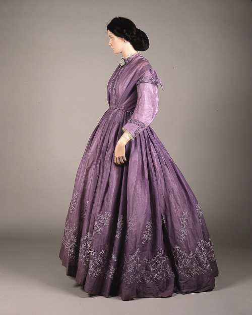 Day dress, 1860's From Glasgow Museums