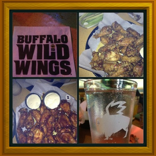 Wit my girls @xsistonly4u Tiffany Renee #buffalowildwings #wings #besties #shopping #followme #honeybbq #parmnesangarlic