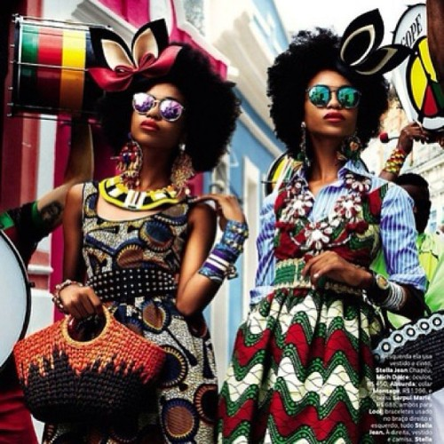 curlkit:  Eclectic ethnic attire @curlkit #unfiltred #fashion #naturalhair