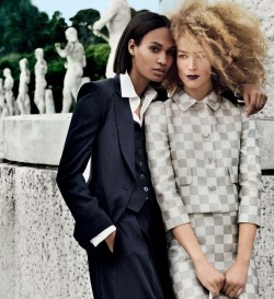 Raquel Zimmermann & Joan Smalls by Mario Testino for US Vogue March 2013