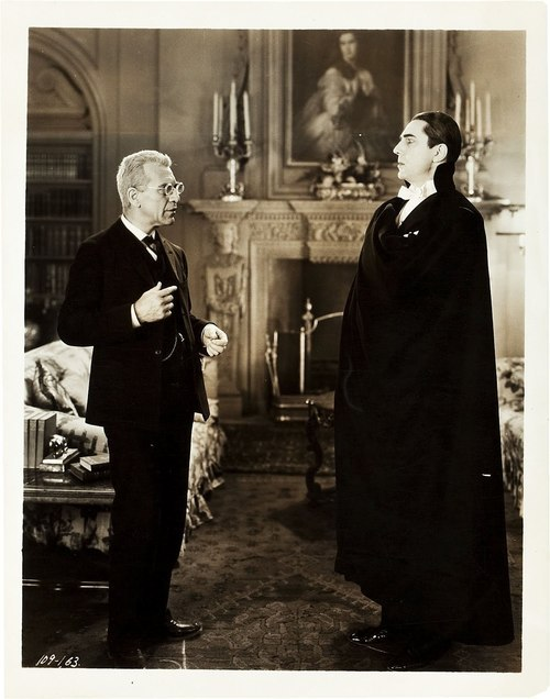 Edward Van Sloan as Van Helsing and Bela Lugosi as Count Dracula in Dracula (1931)