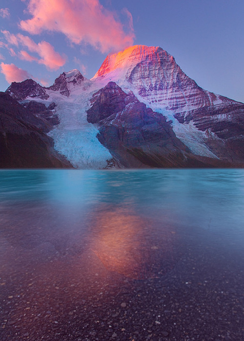 manolescent:  Mount Robson-Berg Lake Sunrise