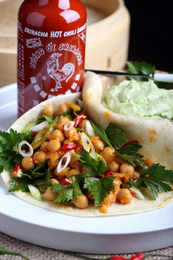 leomateus-vegfood:  Buffalo Chickpea Soft Tacos with Avocado Sour Cream by Jeff and Erin's pics on Flickr.