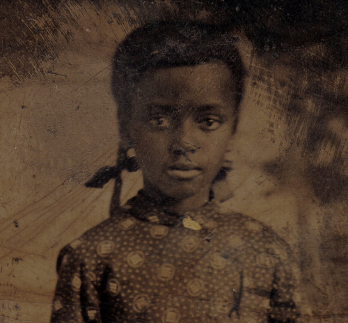HAUNTING BEAUTYimage of a lovely young black girl.Undated.