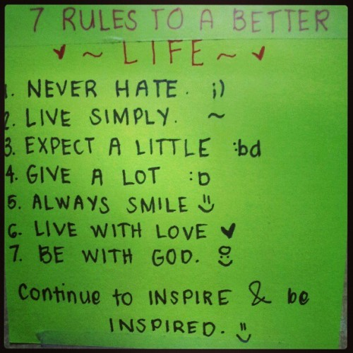 Para lagi kong maalala kaya dinikit ko na sa wall. :)) #live #love #life #post-it