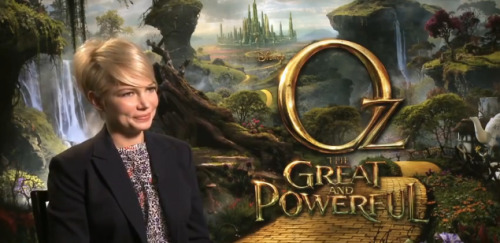 Oz The Great and the Powerful | MICHELLE WILLIAMS INTERVIEW [VIDEO]
