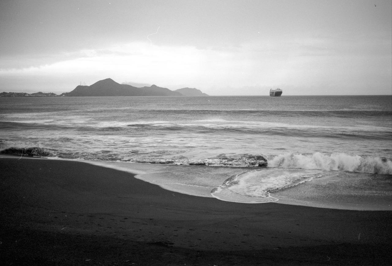 Drifting Ashore [Manzanillo, Mexico, 2014]