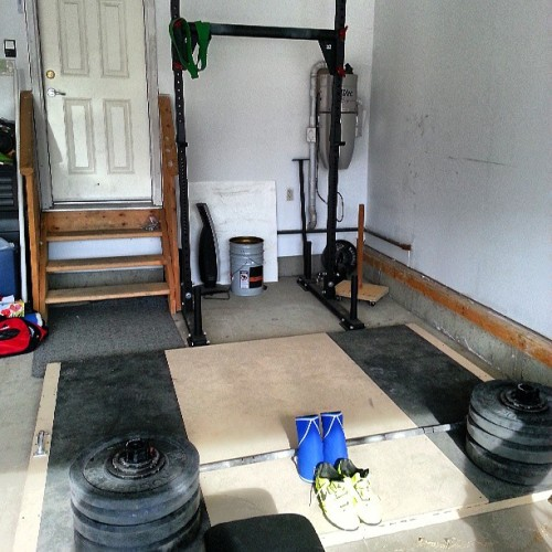 Hard life with the garage gym. #me #roguefitness #olympiclifting