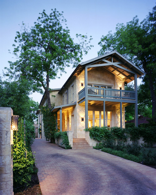 georgianadesign:  San Antonio river house, Austin. McKinney York Architects.