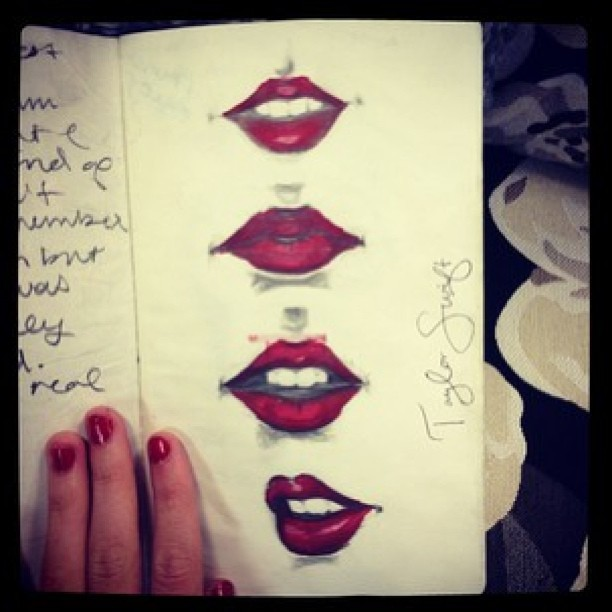 #regram from @taylorswift ❤💋 #red #lips #gorgeous #taylorswift #idol