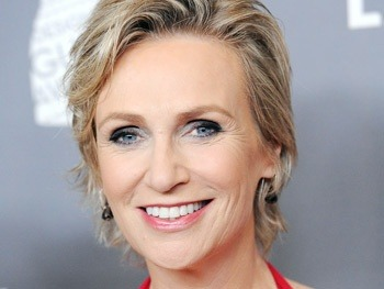 broadwaycom:  GLEE's Jane Lynch to make her Broadway debut as Miss Hannigan in ANNIE
