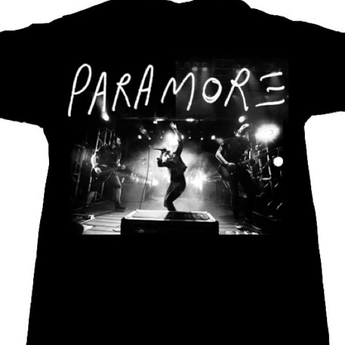 paramore:  Hey Boston, so tonight all the proceeds from our Official Tour Tee are going to http://bit.ly/theonefund - we'll see you at the show. #pmorelovesboston