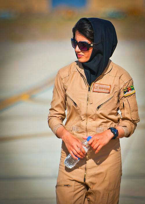 1st Afghan female pilot in more than 30 years 2nd Lt. Niloofar Rhmani. She's stunning.