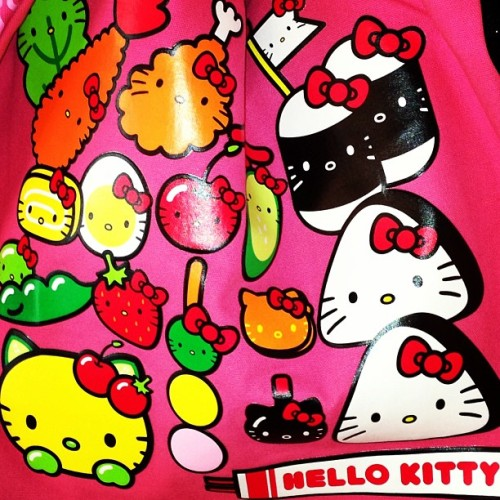 #adorable bag!! #hellokitty #sushi #love #sanrio #meow #loveit 🎀