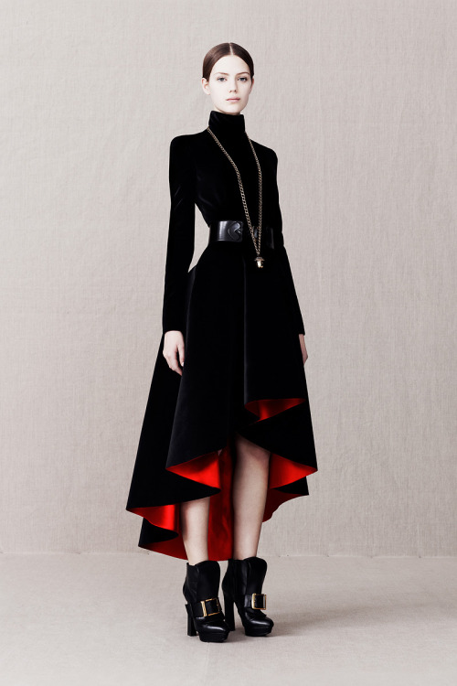 what-fresh-hell-can-this-be:  Alexander McQueen pre-fall 2013