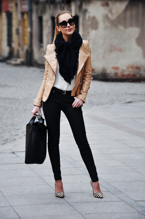 fashion-clue:   http://fashion-clue.tumblr.com