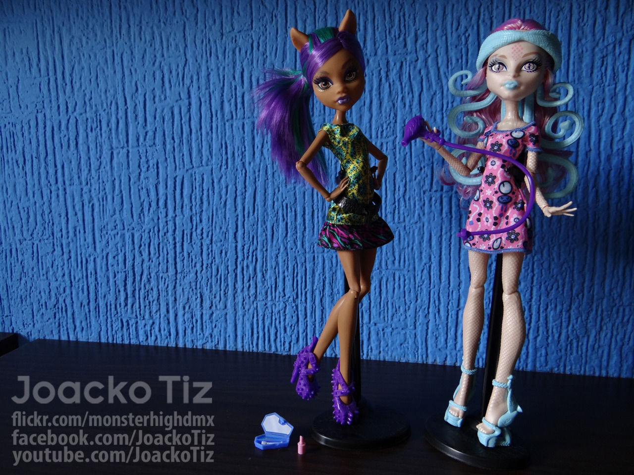 joackotiz:  Monster High 2 pack. Scare & Makeup [Viperine Gorgon & Clawdeen Wolf]