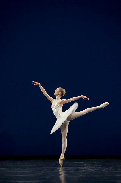 royalballet:  Sarah Lamb in Symphony in C © Bill Cooper/ROH 2010  Sarah Lamb in George Balanchine's Symphony in C. The Royal Ballet season 2009/2010