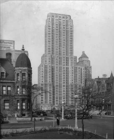 calumet412:  The Palmolive Building before the Lindbergh Beacon was installed, 1930, Chicago.