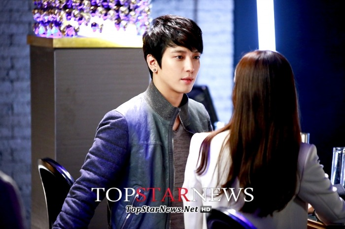 [Dossier] Yonghwa / Park Seju @ Marry Him If You Dare (Future's Choice) - Page 2 Tumblr_mtb16i5F1H1rgxfbio1_1280
