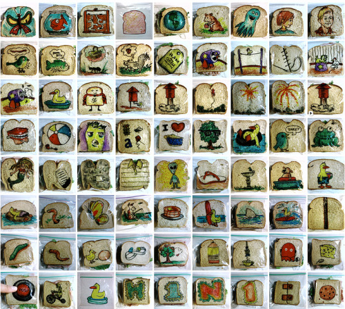 escapekit:  World's Best Dad Draws on Over 1,000 Sandwich Bags for Kids Artist David LaFerriere's kids must be constantly thrilled to open up their lunch boxes. After making the kids' sandwiches, LaFerriere uses sharpie pens to draw a quick illustration on the outside of the plastic bag. He photographs his work, and the kids don't see the artwork until they sit down at school to have their meal.
