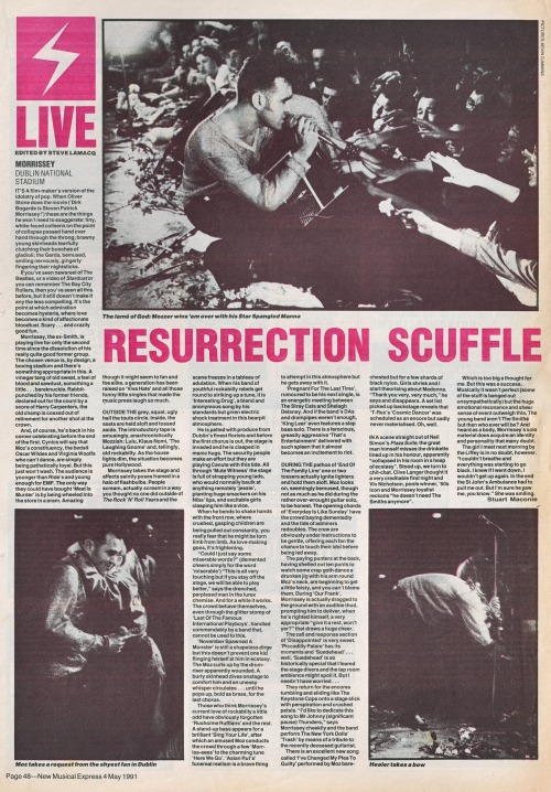 Review of Morrissey's 27 April 1991 gig at Dublin National Stadium, by Steve Lamacq for NME.