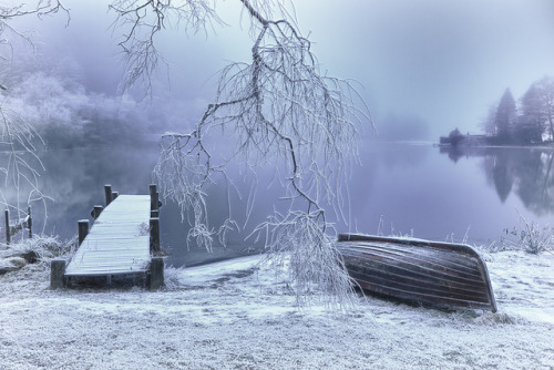 treeroots:  Milton Pond boat and jetty by Wytchwood on Flickr.