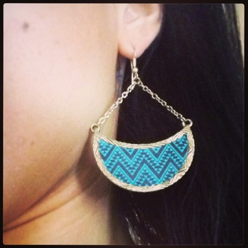 New #Native #design #earrings 👌💋 #gold #accessory #pattern #teal