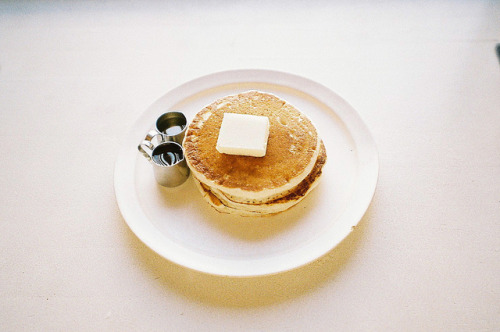 flanueres:  untitled by bamsesayaka on Flickr.