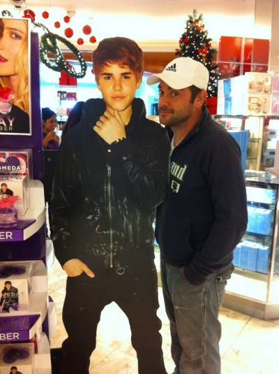 justaconsultingangel:  Here we see Crowley smiling because Justin Bieber's ten years are almost up.