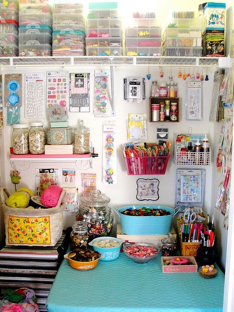 handmadepride:  Click here for more craft rooms.