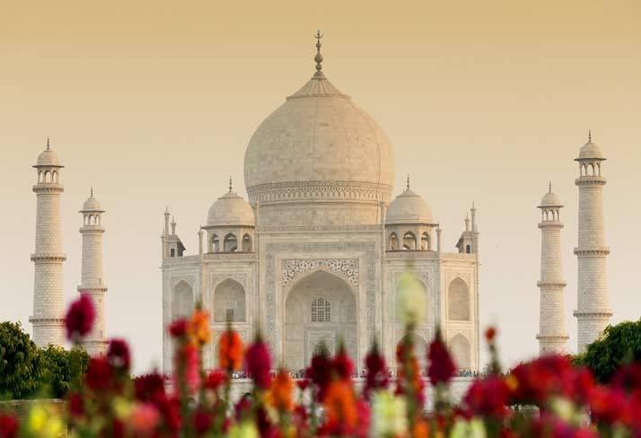 Taj Mahalat sunsetinAgra, India   shutterstock.com