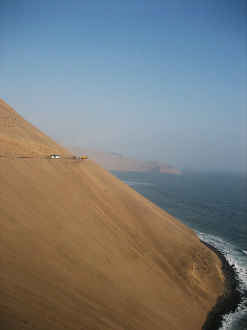 camillebagnoud:  [steepness] North-West Coast, Perù