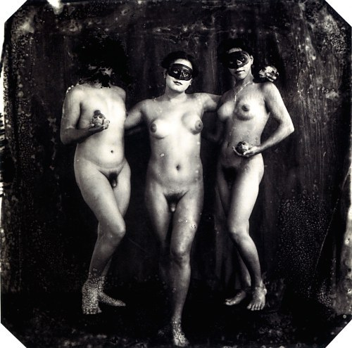 cavetocanvas:  Joel Peter Witkin, The Graces, New Mexico, 1988