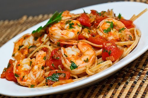foodopia:  shrimp linguine in tomato and white wine sauce: recipe here