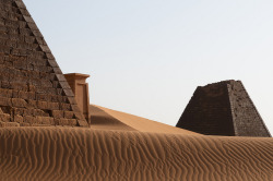 3gbases:  Meroe, Sudan by _desertsky on Flickr.