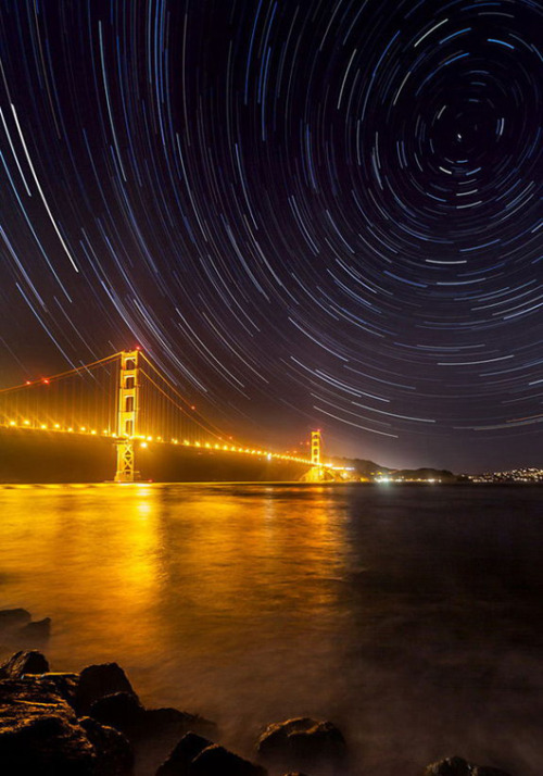 Gorgeous views of stars, Earth win sky photo content The contest aimed to honor photographs that portray the genuine beauty of nature, with minimal editing or exaggeration through retouching.