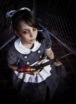 cosplaysleepeatplay:  Little Sisters from http://bit.ly/YzzOKo