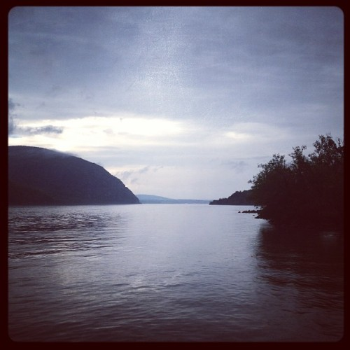 #Hudson (#river and #filter) (at Cold Spring Waterfront)
