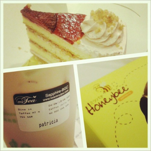 myTea Toffee Milk Tea + Honeybee Strawberry Shortcake  (at My Tea)