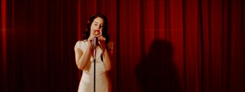 (via Video: Lana Del Rey – Burning Desire) Lana Del Rey's Valentine gift is a new video for her song Burning Desire off of Born To Die – Paradise Edition. WATCH HERE