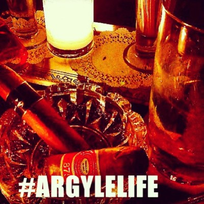 We love ourselves a good cigar #ArgyleLife #Cigars #BarandBooks #Lifestyle #Argyleculture