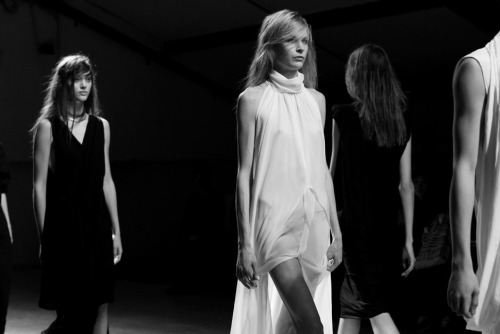 edge-to-edge:  Closing NICOLAS ANDREAS TARALIS S/S 2013 PARIS